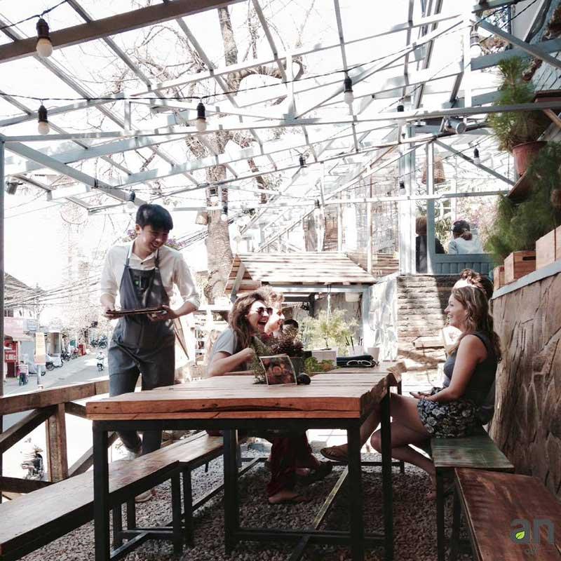 TOP 10 Quán Cafe Ở Đà Lạt View Đẹp, Lãng Mạng 2019 9