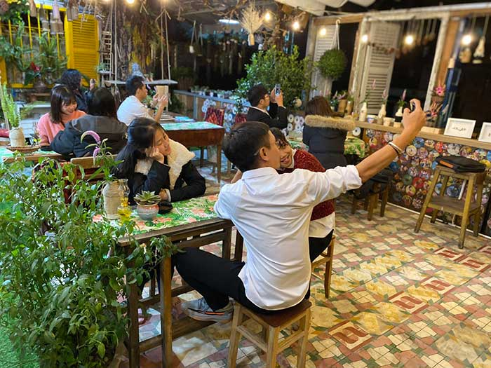 Quán Cafe Lặng Art Đà Lạt