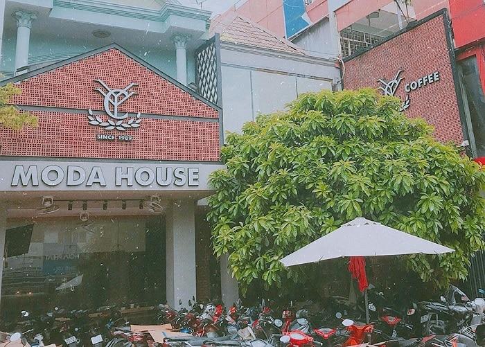 moda house coffe.