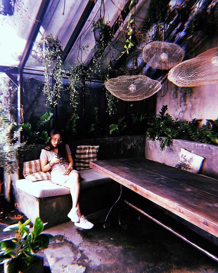 OZ Coffee House 2 - Quán Cafe Yên Tĩnh Ở Quận 3