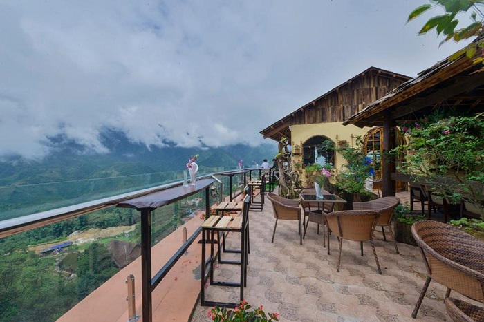 Sapa sky view restaurant and bar