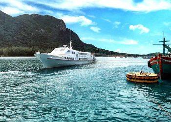 tàu Super Đông côn đảo