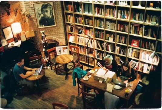 Top 10 quán cafe đọc sách ở Hà Nội không gian yên tĩnh, view đẹp 2019 3