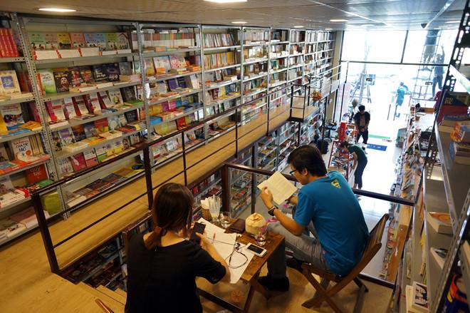 Top 10 quán cafe đọc sách ở Hà Nội không gian yên tĩnh, view đẹp 2019 39