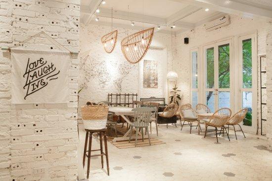 Top 10 quán cà phê ngoài trời đẹp ở Hà Nội 2019 19