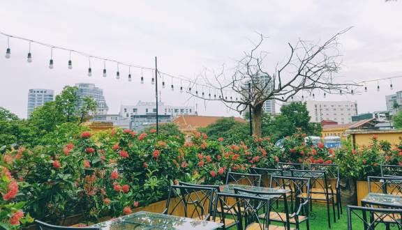 Top 10 quán cà phê ngoài trời đẹp ở Hà Nội 2019 23