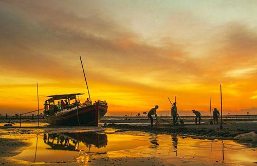Bãi biển Đồng Châu.