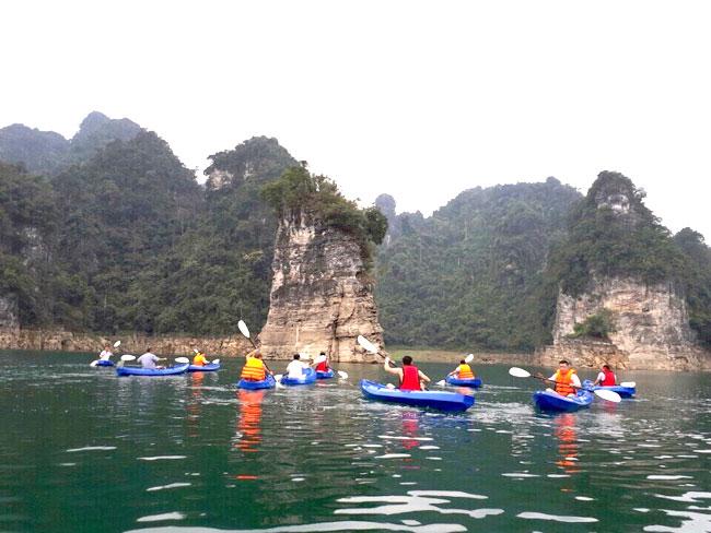 Khu du lịch Na Hang.