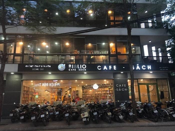 biblio cafe sach da nang