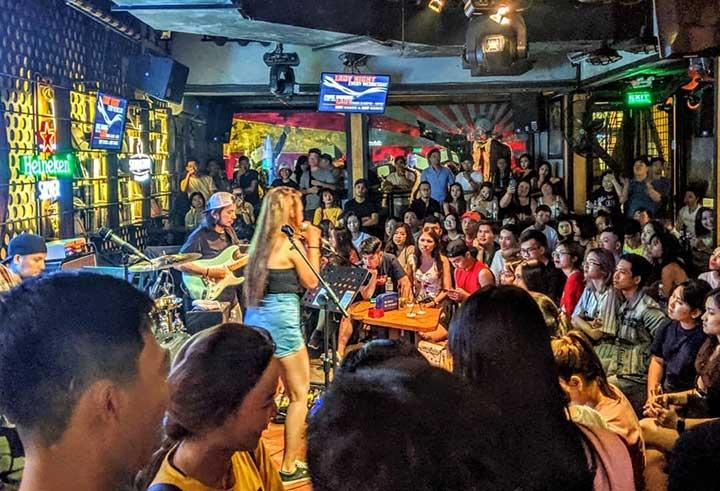 Quán Cafe Acoustic Bar quận 3