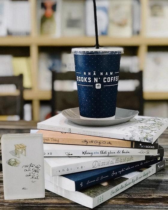 nha nam book coffee sach