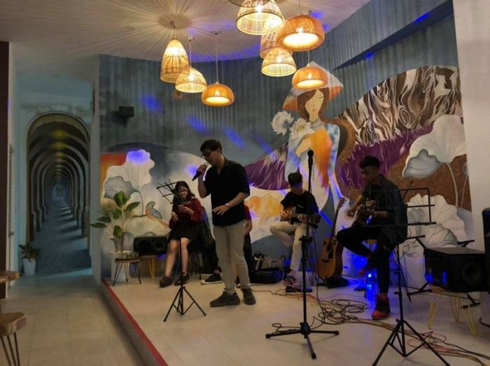 quán cà phê acoustic ở cần thơ18