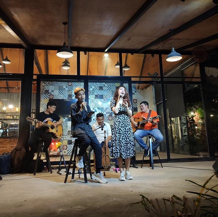 quán cafe nhạc Acoustic ở Tân Phú Sài Gòn