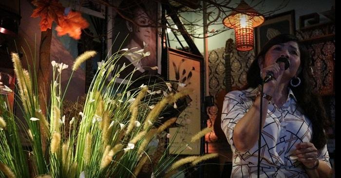 quán cafe nhạc Acoustic ở Tân Phú Sài Gòn10