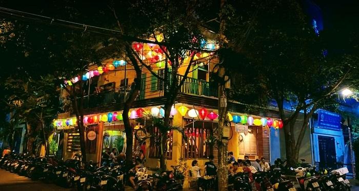 quán cafe nhạc Acoustic ở Tân Phú Sài Gòn114