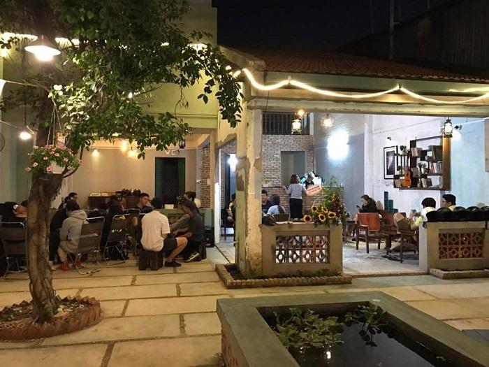quán cafe nhạc Acoustic ở Tân Phú Sài Gòn13
