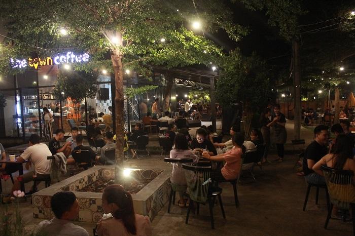 quán cafe nhạc Acoustic ở Tân Phú Sài Gòn2