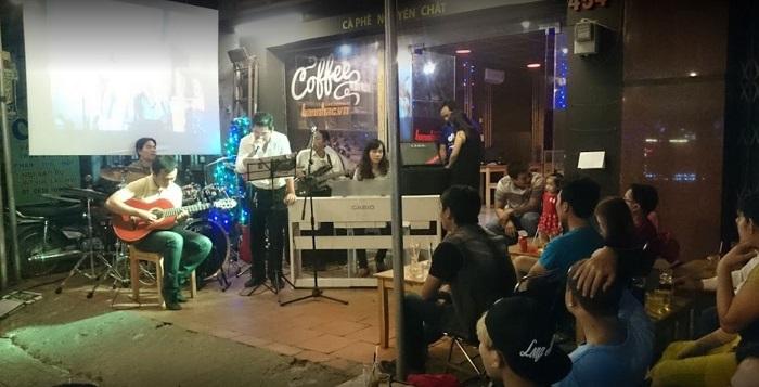 quán cafe nhạc Acoustic ở Tân Phú Sài Gòn4