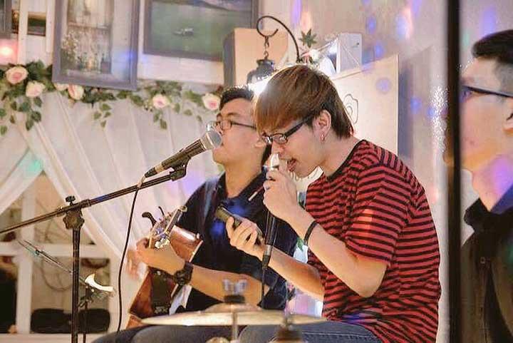 Quán cà phê acoustic S Cafe& Studio quận 3