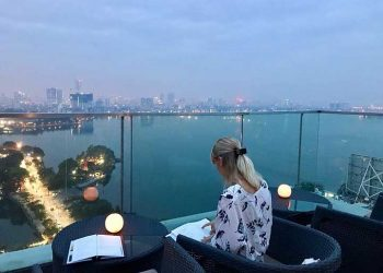 Summit Lounge Coffee Hà Nội