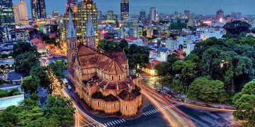Khám phá Sài Gòn với cẩm nang du lịch Bamboo