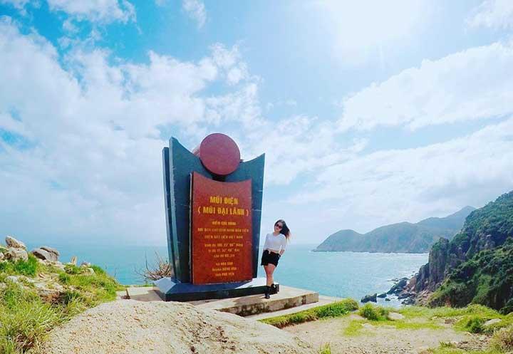 Bãi Môn Mũi Điện Đông Hòa Phú Yên