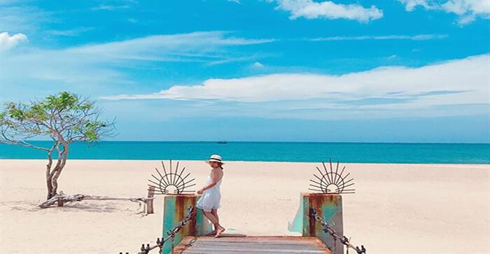 Biển Suối Ồ - bãi biển hội tụ cả nước ngọt và nước mặn.