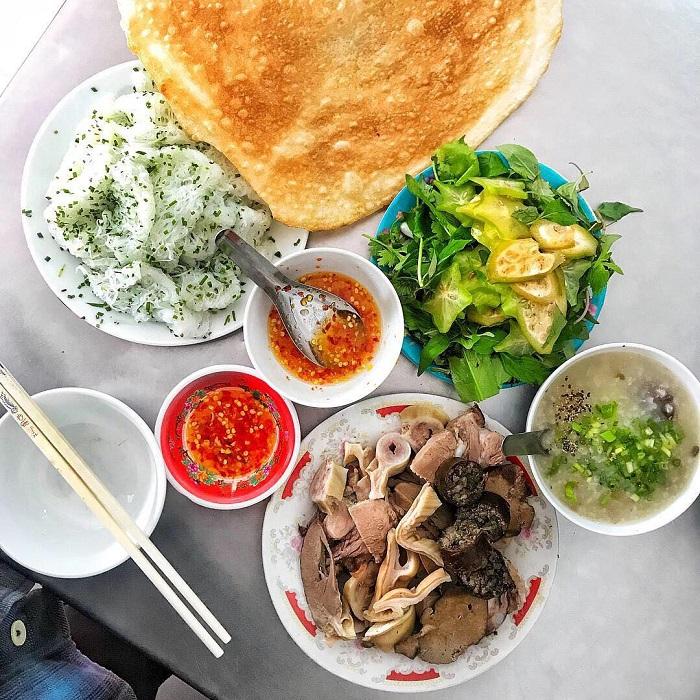banh hoi chao long phu yen 2