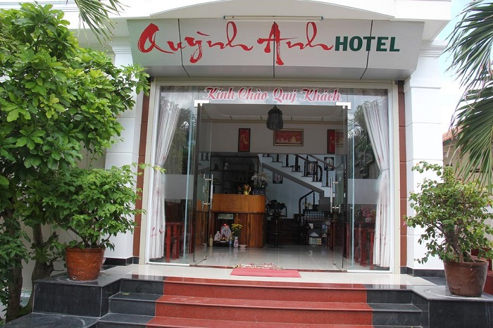 quynh anh hotel con dao 2
