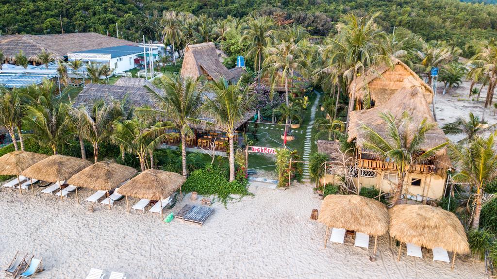 jungle beach1